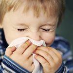 Температура при ОРВИ у детей: когда появляется и сколько времени держится