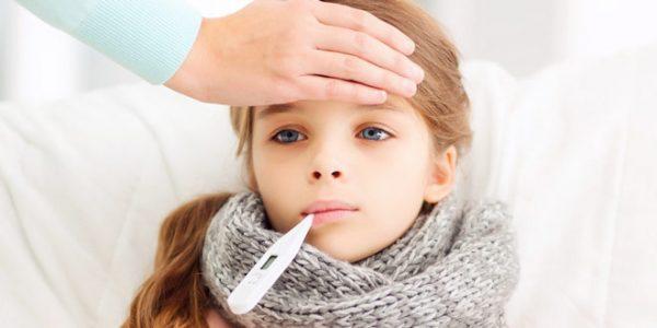 пневмония симптомы у детей с температурой и кашлем