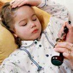Какими способами сбивать температуру 4-ех летнему ребенку