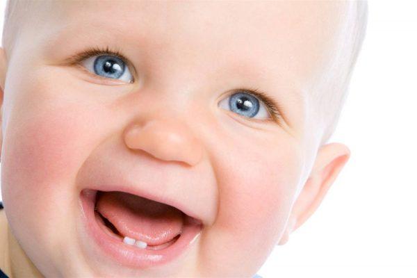 температура при прорезывании зубов у детей до года