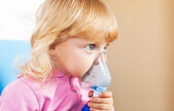 влажный кашель с температурой у ребенка чем лечить