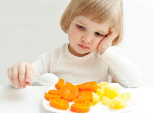 чем кормить ребенка при температуре