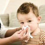 Чем лечить ребенка при простуде с высокой температурой?