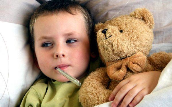 когда давать антибиотики ребенку при температуре