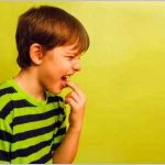 Причины возникновения пониженной температуры и рвоты у ребенка