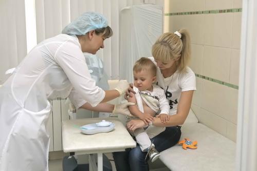 после прививки от клещевого энцефалита температура у ребенка